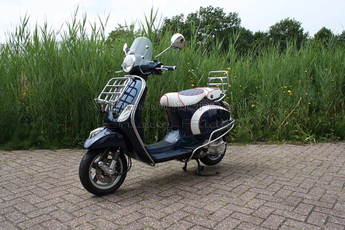 Vespa LX Blue Midnight
