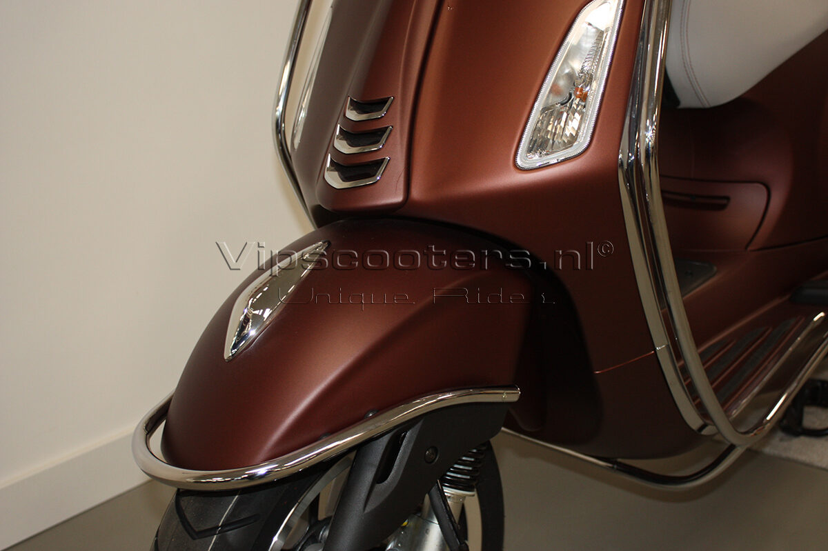 Vespa Primavera 50TH Anniversary Marrone Chrome 3