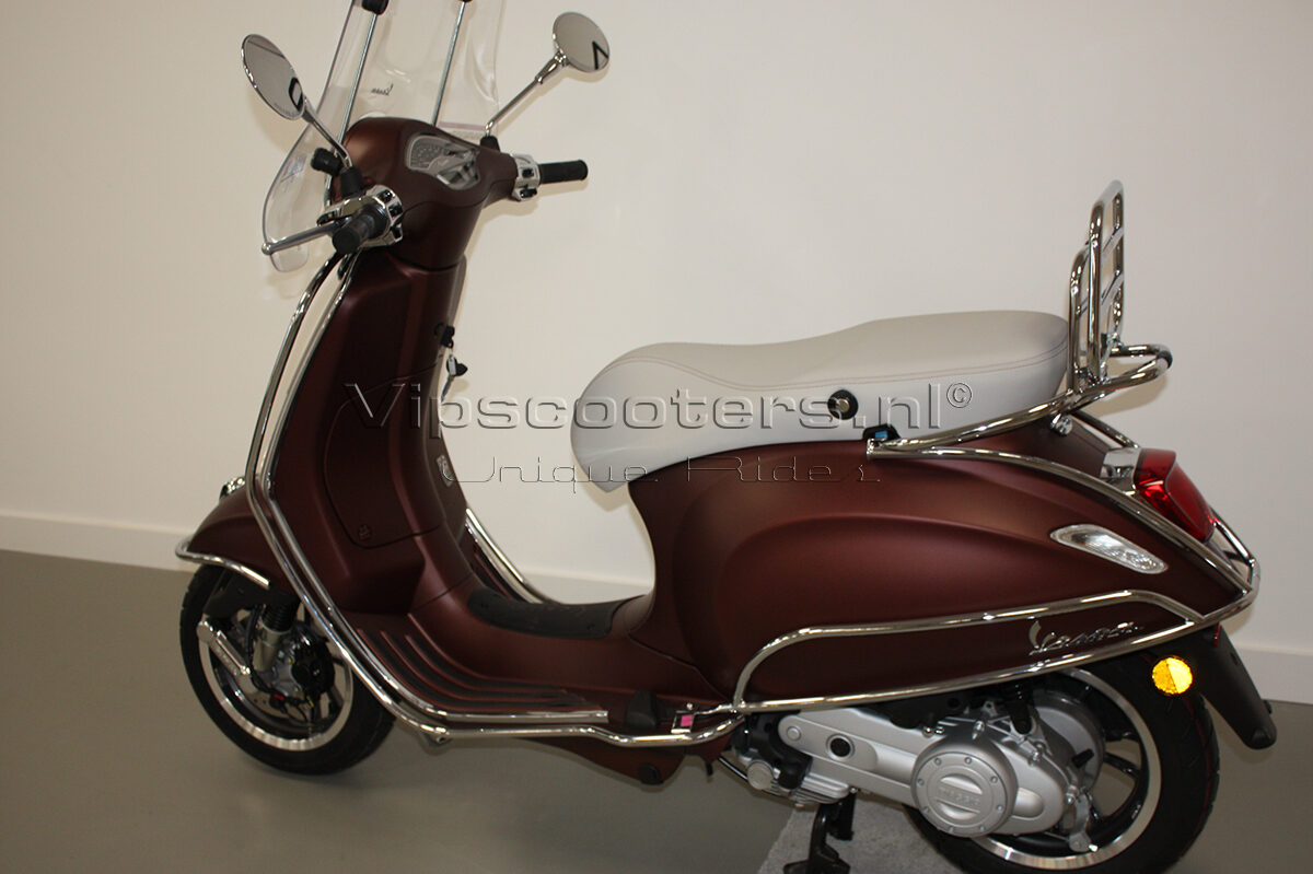 Vespa Primavera 50TH Anniversary Marrone Chrome 5