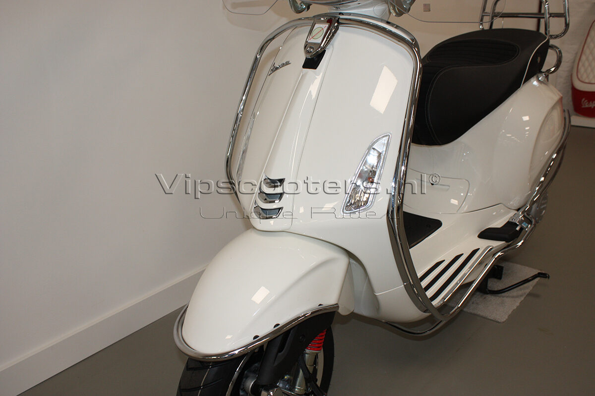Vespa Sprint Montebianco Chrome 2
