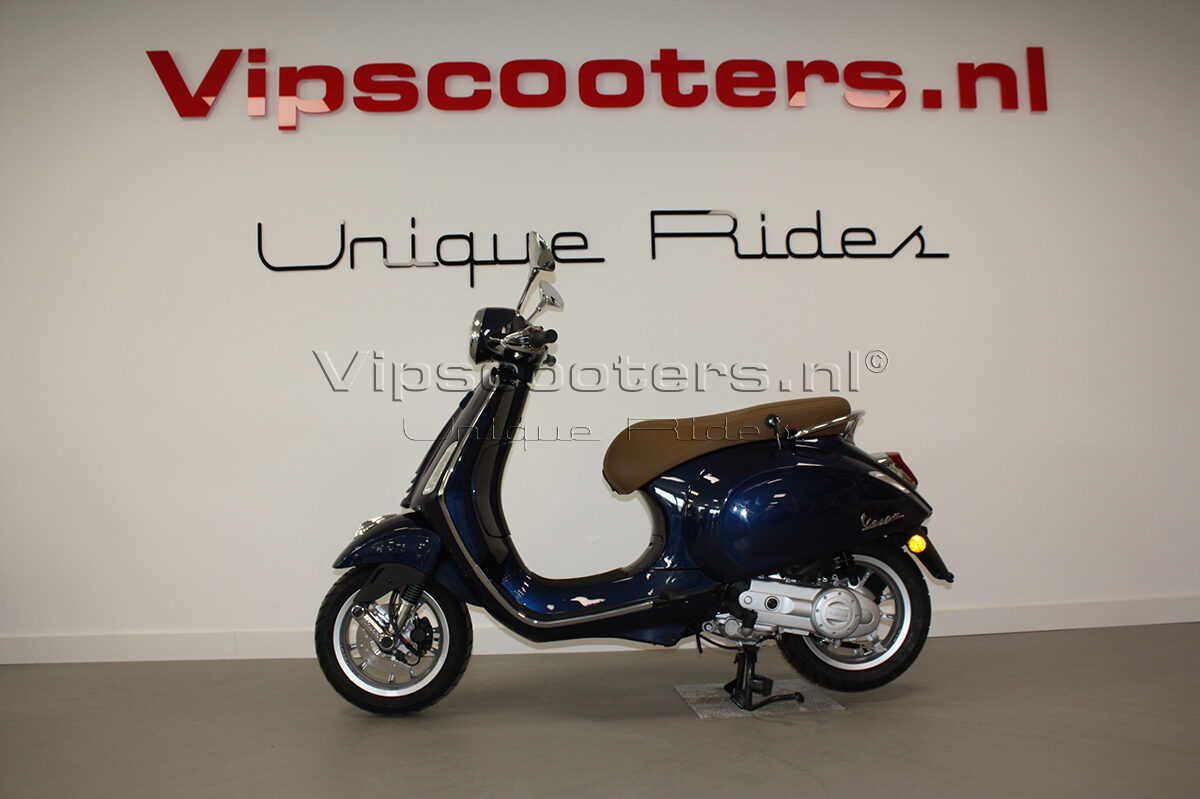 Vespa Primavera Blue Midnight Origineel