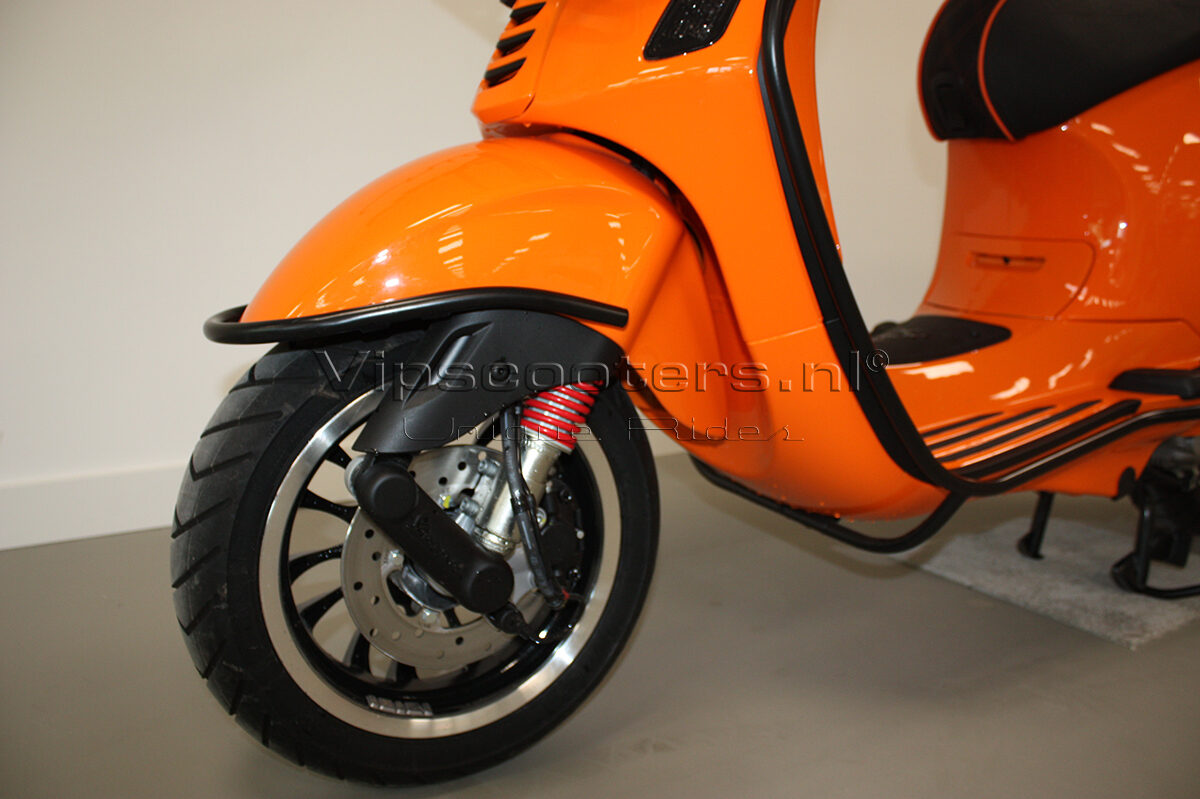Vespa Sprint Orange Pastello Mat Black 7