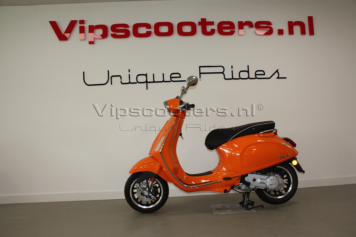 Vespa Sprint Orange Pastello Origineel