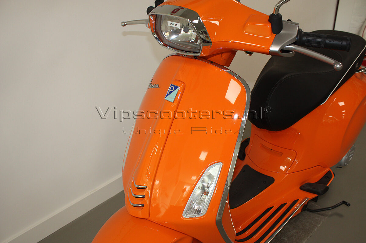 Vespa Sprint Orange Pastello 4