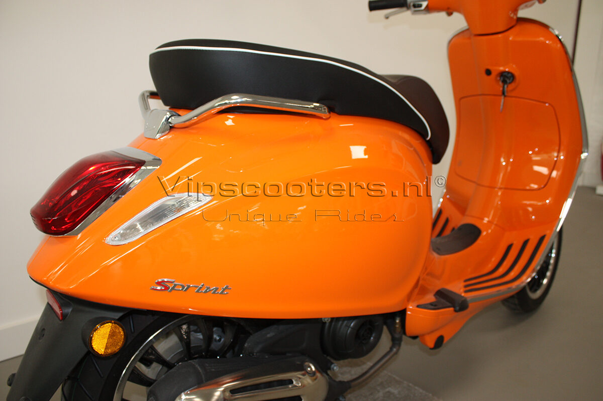 Vespa Sprint Orange Pastello 6