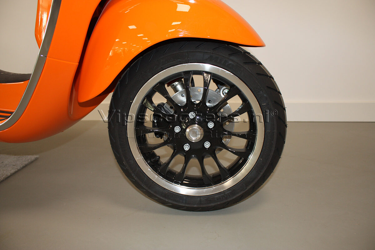 Vespa Sprint Orange Pastello 8