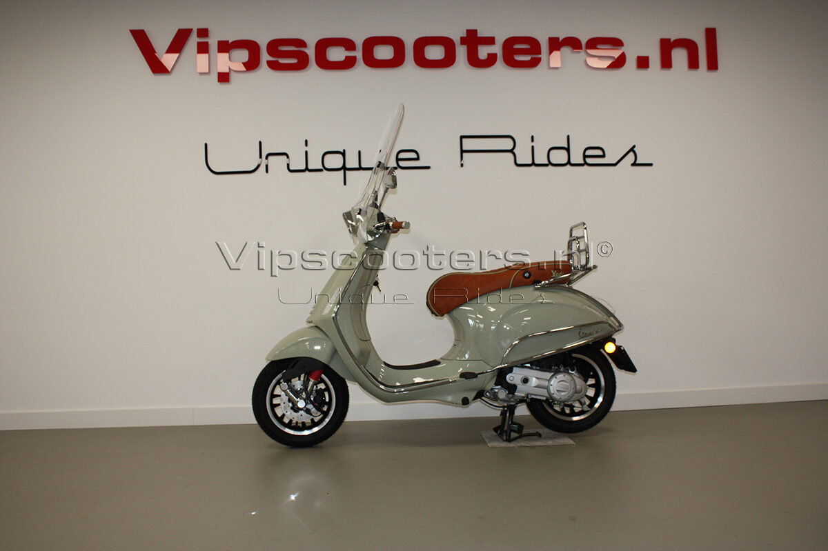 Vespa Sprint Verde Pastello Chrome
