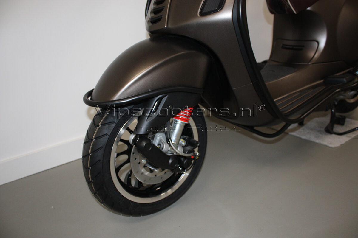 Vespa Sprint Opaco Marrone Metallico Mat Black 3
