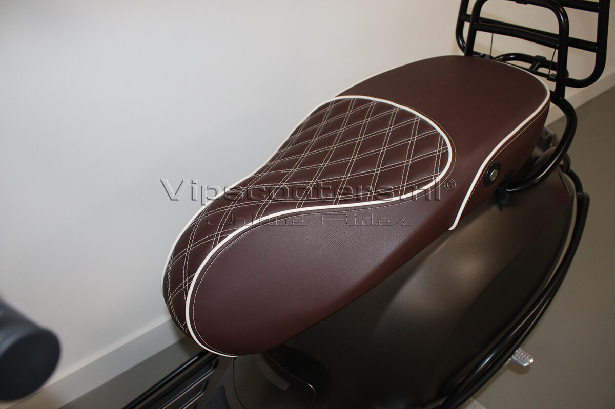 Vespa Sprint Opaco Marrone Metallico Mat Black 10