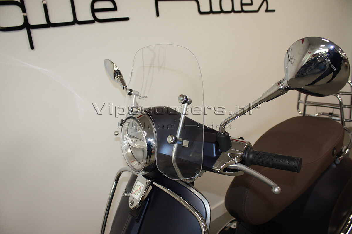 Vespa Primavera Sport Blue Chrome 5