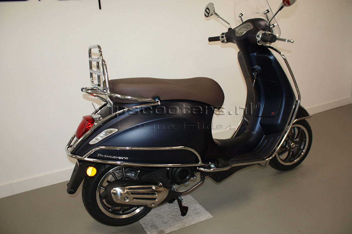 Vespa Primavera Sport Blue Chrome 11