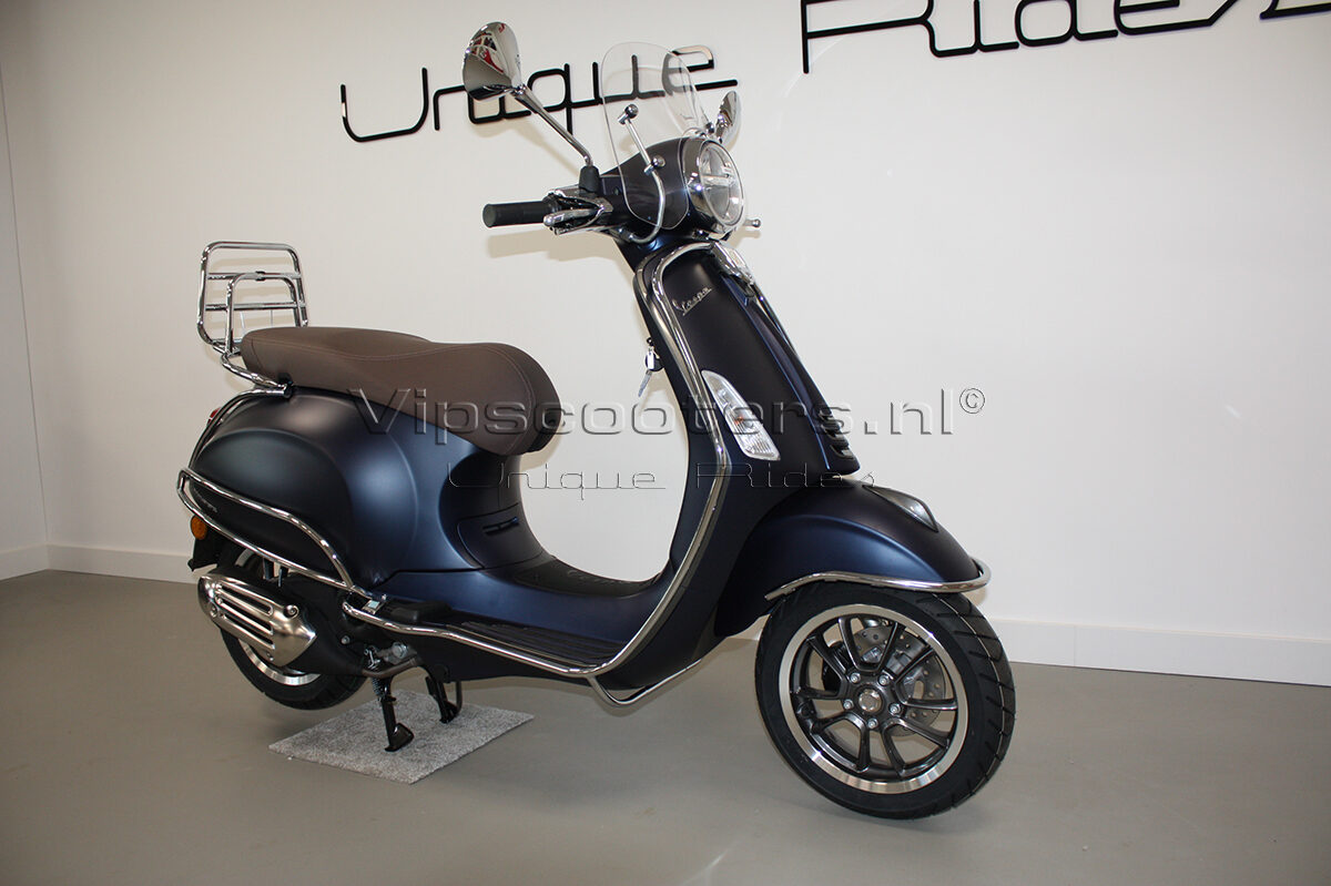 Vespa Primavera Sport Blue Chrome 12
