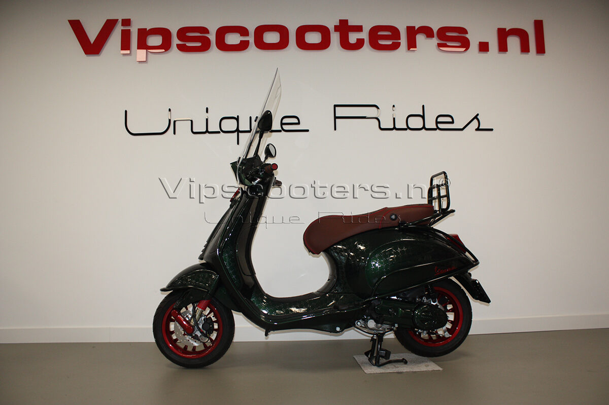 Vespa Sprint Glossy Verde Red Metallico