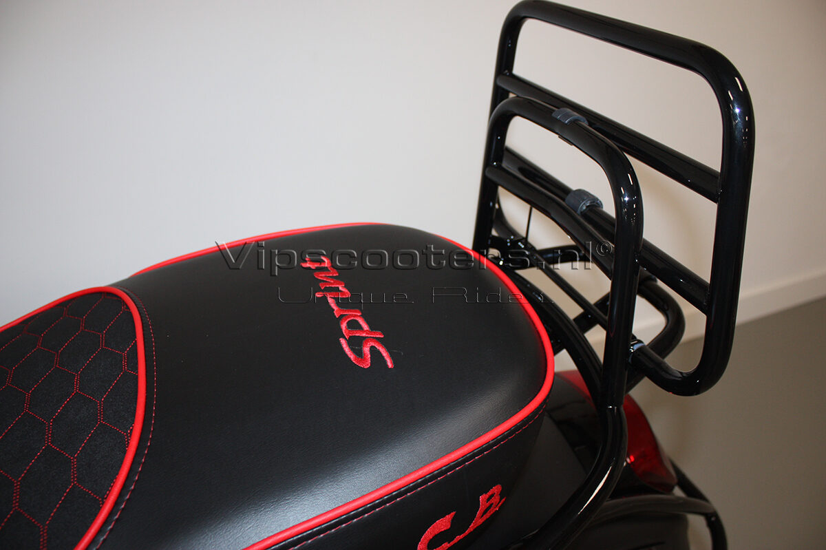 Vespa Sprint Notte Glossy Black Red Metallico 25