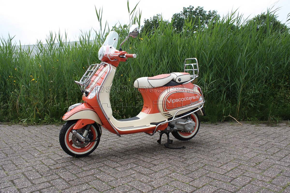 Vespa LX Peachy Orange
