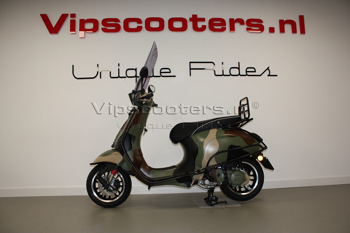Vespa Sprint Camouflage Green Black Brown Beige