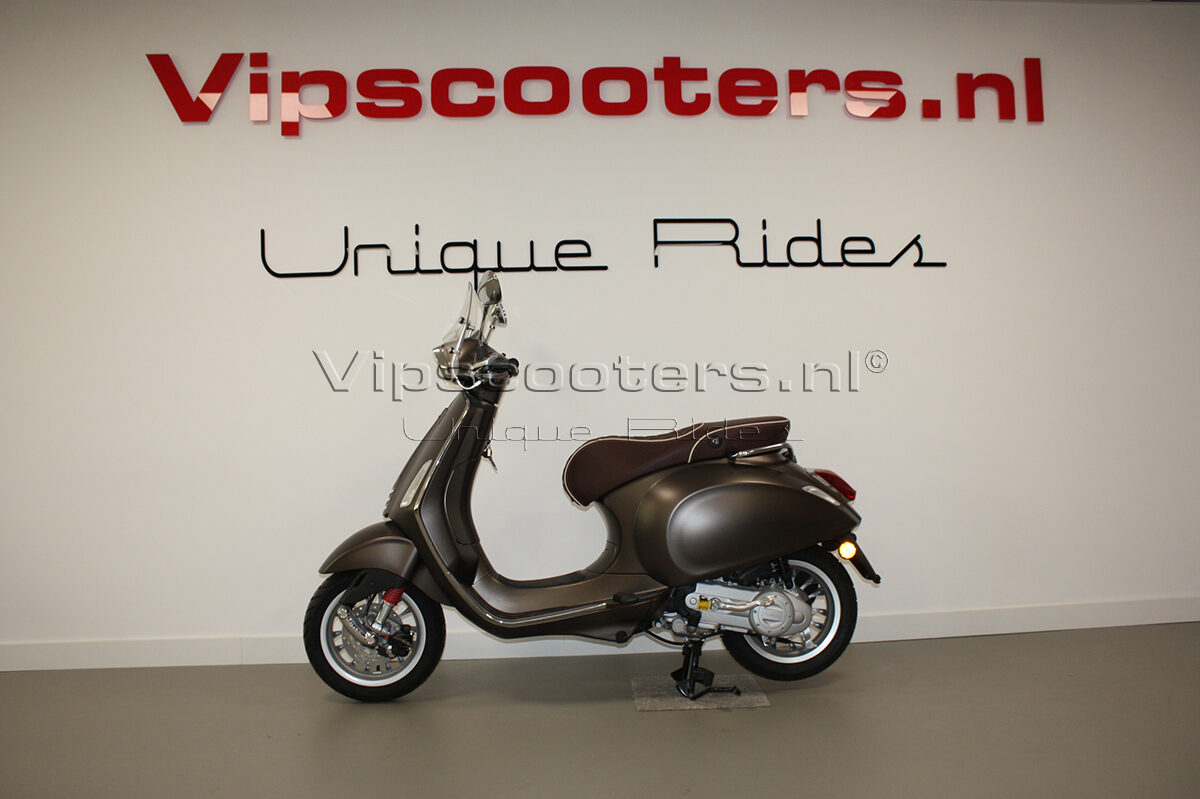 Vespa Sprint Opaco Marrone Metallico Chrome